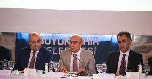 Başkan Tunç Soyer İzmir Afet Platformu'nun ilk toplantısına katıldı