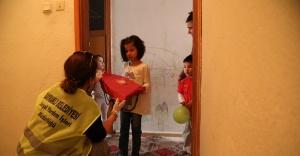 Bayraklı'da miniklere 23 Nisan sürprizi