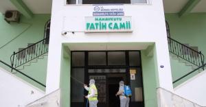 Bayraklı'da camiler dezenfekte edildi