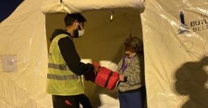 Biz Varız kampanyası depremzedeler için sürüyor