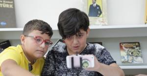 Bornovalı çocuklara film atölyesi