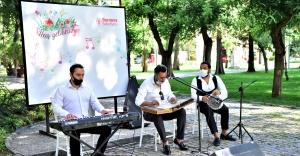 Bornova'nın çınarlarına moral konseri