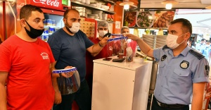 Büyükşehir'den Kemeraltı esnafına koruyucu ekipman desteği