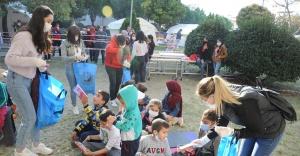 Çadır Kentte Çocuk Tiyatrosu