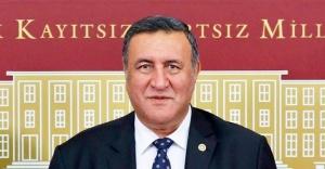 """CHP Milletvekili Gürer, Cumhurbaşkanı Erdoğan'ın 2 yıl önce verdiği sözü hatırlattı ve sordu:  """"Söz verilen  4 bin personel alımı ne oldu ?"""""""
