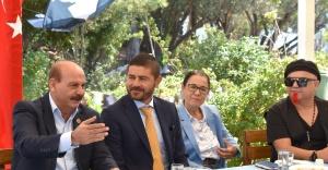 Ege Kadın Dernekleri Federasyonu Foça'da Buluştu