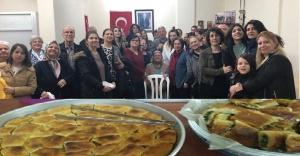 Gültepe Makedonya Göçmenleri Derneği'nden 'Geleneksel Börek Gecesi'