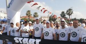 İSTANBUL'DA 1500 KİŞİ SREBRENİCA İÇİN KOŞTU