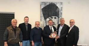 İzmir Bosna Sancak Derneğinden Başkan Ekrem Oran'a ziyaret