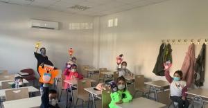 İzmir Büyükşehir Belediyesi depremzedelere desteğini sürdürüyor