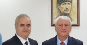 İzmir Esnafından 'YKS' Jesti