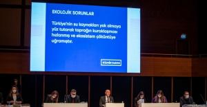 """""""İzmirliler İzmir Büyükşehir Belediyesi ile iftihar edebilir"""""""