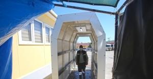 Karabağlar Belediyesi'nden dezenfeksiyon tüneli