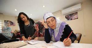 Karşıyaka'da okuma yazma seferberliği başlıyor