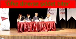 Karşıyaka'da 'şiddetsiz iletişim' paneli