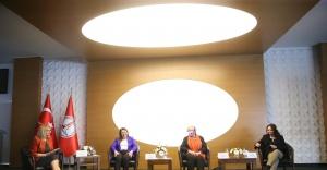 Karşıyaka'da Toplumsal Cinsiyet eşitliği Paneli'nin ilk oturumu tamamlandı