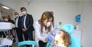 Karşıyakalı çocuklara ücretsiz diş sağlığı taraması