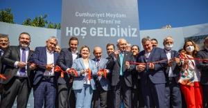 Kılıçdaroğlu'nun katılımıyla Cumhuriyet Meydanı'na görkemli açılış!