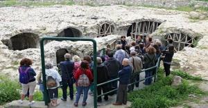 Konak'ta tarih gezileri başlıyor