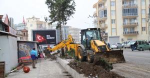 Menderes Pazar Yeri Otoparkına Kavuşuyor