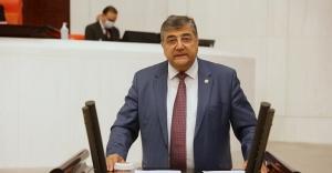 """Milletvekili Sındır, """"AKP getirdiği aflarla yasadışılığı özendiriyor!"""""""
