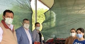 """Milletvekili Sındır, """"kiraz üreticisini pandemi değil pazara müdahaleler bitiriyor"""""""