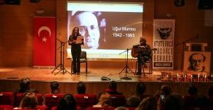 Mumcu Buca'da tiyatro ve şiirlerle anıldı
