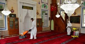 Narlıdere'de ibadethaneler temizlendi