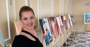 Ressam Fetiye Eryümlü ilk kişisel sergisini açtı