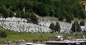 'Sırp Cumhuriyet Günü'nün kutlanmasına Boşnaklardan tepkiler dinmiyor