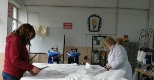 Urla Mesleki ve Teknik Anadolu Lisesi de Koronavirüsle mücadele seferberliği'ne Katkı