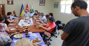 Voyvodina TV'den Bosna Sancak Derneği'ne ziyaret