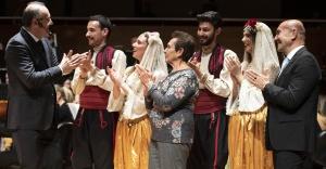 Zeytin şarkıları İzmir'de yankı buldu