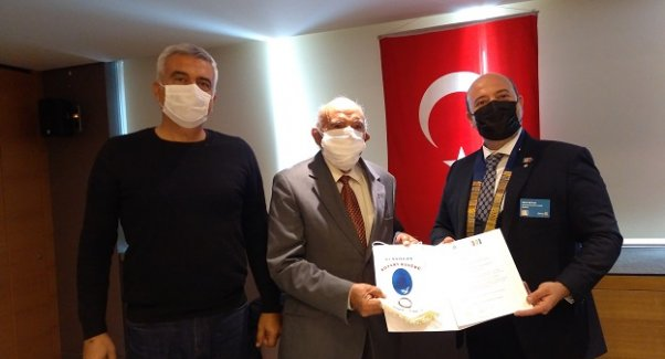 """YAZAR MEVLÜT KAPLAN """"CUMHURİYET'İN IŞIĞI KÖY ENSTİTÜLERİ""""Nİ ANLATTI"""