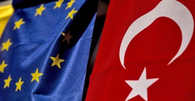 Yunanistan Göç Bakanı: AB Türkiye'ye vize serbestisi sözünü tutmalı