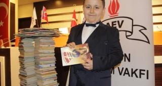 Dört ayda 1053 kitap okuyan 8 yaşındaki çocuk Guinness Rekorlar Kitabı'nda