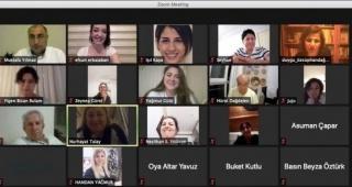 İzmirli kadın gazeteciler ÖzgürİGC'nin toplantısında buluştu